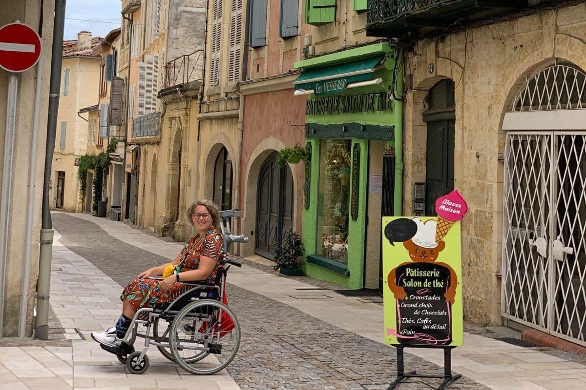 Opeens in een rolstoel zitten, toen werd ik echt gedwongen om hulp te vragen.